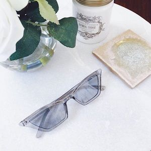 Accessories - 🆕Haley Gray Cat Eye Sunnies